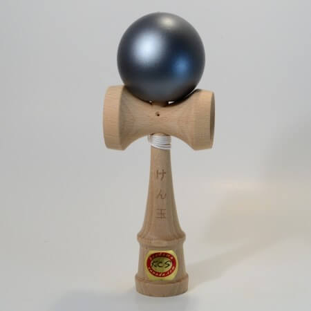 Kendama Canada  Kendama KCS  balle gris mtal fonc