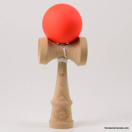 Kendama Canada – Kendama KCS – balle orange – peinture caoutchouc – orange rubber ball