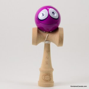 Kendama Canada – Kendama KCS – balle visage Léger Mauve Grand sourire – Light Purple smiling face kendama – Unique!