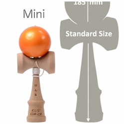 Kendama Canada – Kendama format Mini – balle orange métallisée