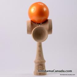 Kendama Canada – Kendama KCS 5 coupes – balle orange métallisée