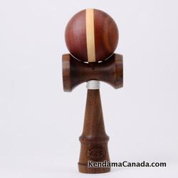 Kendama Canada – Kendama KCS du Québec – Collection Prestige – modèle Unique au monde en Noyer – balle Acajou et Cerisier