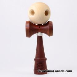 Kendama Canada – Kendama KCS du Québec – Collection Prestige – modèle Unique au monde en Acajou – balle Érable 5 trous