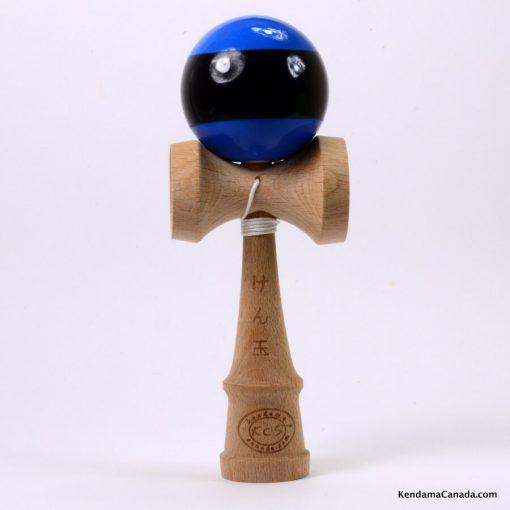 Kendama Canada – Kendama KCS – balle bleue à large bande noire – Stripe kendama