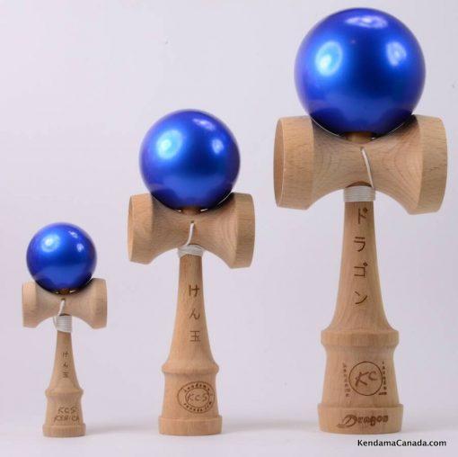 Kendama Canada – Kit de 3 kendamas – Kit Trio 3 formats de 3 kendama bleus métallisés - 3 different sizes metallic blue kendama kit