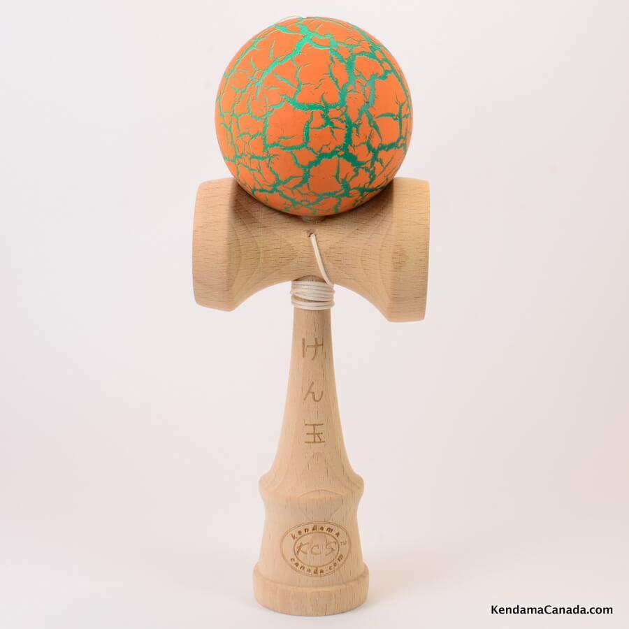 Kendama Canada – Kendama KCS – orange vert meteor orange green