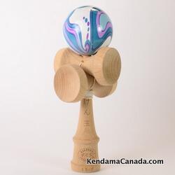 Kendama Canada – Kendama KCS 5 coupes – iris