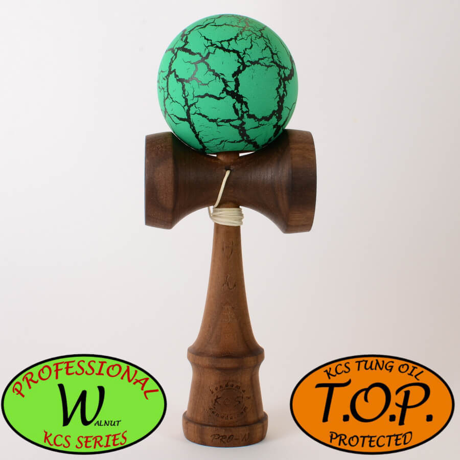 Kendama Canada – Kendama KCS Pro-W - Walnut - Noyer - TOP - vert noir meteor green black